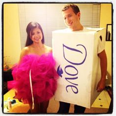 Our Halloween costumes this year; loofah and a bar of soap! Easy Couple Halloween Costumes, Diy Costumes, Halloween Ideas, Costume Ideas, Halloween Decorations, Halloween Party, Loofah Costume, Diy Things, Trick Or Treat