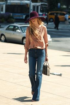 Effortless '70s style. // Basically, the perfect outfit as far as we're concerned.