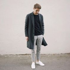 Monochrome combo with a charcoal gray topcoat black crew sweatshirt gray trousers no show socks white leather sneakers. Minimal Fashion, Timeless Fashion, Stylish Men, Men Casual, Men Street, Street Wear, Trouser Outfits, Scandinavian Fashion, Men's Fashion Styles