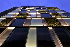 hatoya 3 bldg taken by ryota atarashi linear fluorescent lights located at building facade lighting