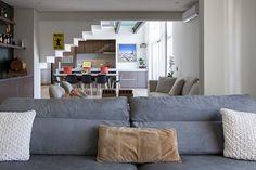 Open house | Julia Arieta. Veja: http://www.casadevalentina.com.br/blog/detalhes/open-house--julia-arieta-3124 #decor #decoracao #interior #design #casa #home #house #idea #ideia #detalhes #details #openhouse #style #estilo #casadevalentina #livingroom #saladeestar
