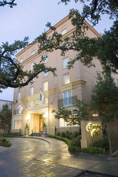 12 top place to stay hays images lugares places hay rh pinterest com
