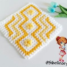 Square Fiber Construction Video, # karelifmodelsanimated # karelifhow how to start # karelifnehorulurvideo Crochet Squares, Crochet Doilies, Knitting Patterns, Crochet Patterns, Knitted Baby Clothes, Weaving Projects, Baby Sweaters, Crochet Accessories, Beautiful Crochet