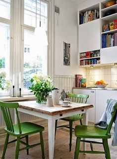 Love the table and chairs. That's what I need in my kitchen! scandinavian apartment Ideas Home Interior Design Home Design: scandinavian apartment Ideas Home Interior Design Home Design Küchen Design, Design Case, House Design, Design Ideas, Design Inspiration, Chair Design, Garden Design, Design Room, Graphic Design