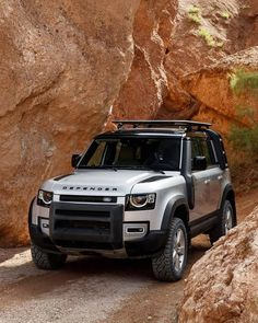 (SWIPE) The All-New Defender has just been given a nod of approval from Richard Hammond. There's a link to his video in my IG Stories… New Land Rover Defender, New Defender, Landrover Defender, Lifted Ford Trucks, Sports Sedan, Range Rover Sport, Jeep Wrangler Unlimited, Land Rover Discovery, Fuel Economy