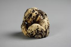 Netsuke of a Karashishi Date: early–middle 18th century Culture: Japan Medium: Ivory Dimensions: H. 2 in. (5.1 cm); W. 2 in. (5.1 cm)