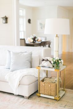 Neutral decor that will transform into a perfect space for the holidays #sponsored:Photography: Ruth Eileen Photography - rutheileenphotography.com/ Read More on SMP: http://www.stylemepretty.com/2016/11/21//