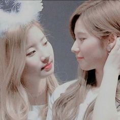 This post was created and published by @ 💫 ¢ιgαяєттєѕ ∂αу∂яєαмѕ💫 Please do not reposte Pin if you liked it Kpop Girl Bands, Twice Jihyo, Love Everyone, Im Nayeon, What Is Love, Kpop Girls, Korean Girl, Girl Group, Rapper