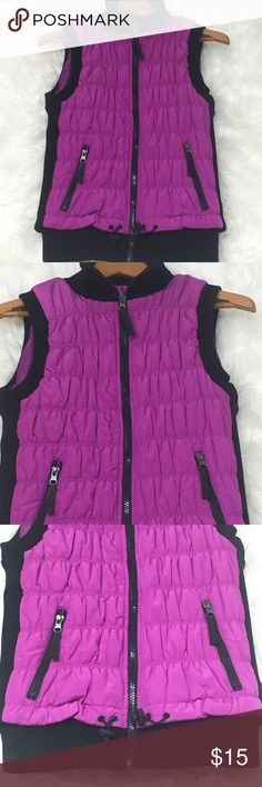 Calvin Klein puffer vest performance jacket hoodie Xsmall performance purple full zip vest. Sweater ribbed waist and sides. 2 front side pockets. 1 inside smart phone pocket. Cinch waist. Excellent condition. Small marker for on label. #301 Calvin Klein Jackets & Coats Vests