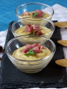 crema di ceci con pancetta Party Finger Foods, Finger Food Appetizers, Appetizer Recipes, Wine Recipes, Cooking Recipes, Healthy Recipes, Happy Foods, Daily Meals, Food Styling