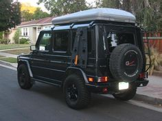 Mercedes G Wagen with Hannibal Impi Roof Tent Mercedes G Wagen, Mercedes Benz Forum, Mercedes Benz G Class, Merc G Class, Armored Truck, 4x4, G Wagon, Dream Cars, Tent