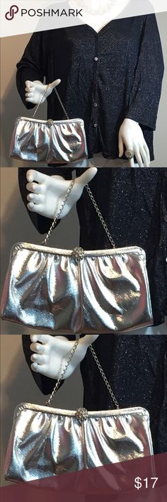 Antique silver evening bag w/ chain Antique silver evening purse.  Snap closure w/ chain.  We do not have the measurements just now but am working on it. Bags Mini Bags