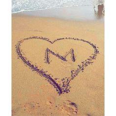 Kaanch Kii Guriiya 👑 Alphabet Letters Design, Alphabet Images, Cute Letters, Letter Art, Daisy Wallpaper, Love Wallpaper, Wallpaper Quotes, Name Design Art, Beautiful Love Images