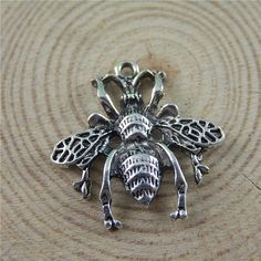 (5Pieces) Antique Silver Tone Alloy Bee Charms Necklace Pendant Jewelry Making 26*26*3mm Handmade Animal Bracelet Charms 50716 #Affiliate
