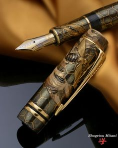 Mitsubachi on the Parker Duofold Centennial Fountain Pen