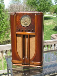 Gorgeous Gold Dial 11 Tube Silvertone Console Radio See Video of It Playing