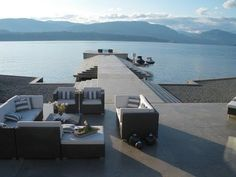 Tuscan Style Villa & Kelowna Modern Glass House [Video]