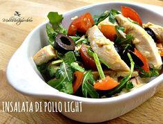 L'insalata di pollo light è il piatto perfetto per la stagione calda, da mangiare in spiaggia , in ufficio o a casa, pochissime calorie tanto tanto gusto