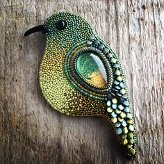 New embroidery bead work beautiful 56 ideas Bead Embroidery Jewelry, Beaded Embroidery, Hand Embroidery, Beaded Jewelry, Jewellery, Embroidered Bird, Button Art, Button Crafts, Bead Crafts