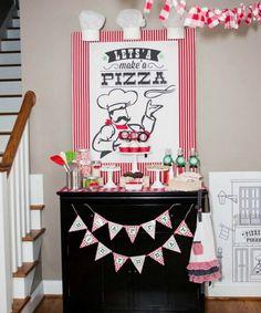 décoration anniversaire sur le thème pizza - des fanions, des sucettes et des cupcakes en blanc, rouge et vert