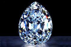 Agyémánt évszázadok óta a gazdagság, a hatalom és a szerelem szimbóluma. Pláne, ha a legnagyobb és leggyönyörűbben csillogó darabokról van szó. Ám ezeknek a gyémántoknakpont ezért általábankalandos és sok esetben véres úton kerültek egyik tulajdonostól a másikhoz.   A Régens (Pit)   A Régens jelenleg a...