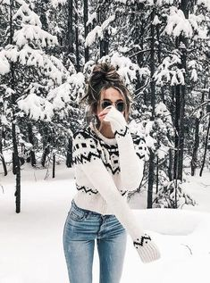 Boho Rollkragenpullover - Strick Mode - Source by solveigav ideas boho Cute Winter Outfits, Fall Outfits, Cruise Outfits, Halloween Outfits, Cute Winter Clothes, Christmas Outfit Women, Winter Outfits For Teen Girls Cold, Snow Outfits For Women, Snow Clothes