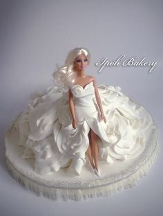 This would be awesome for a bridal shower! Ipoh Bakery fashion doll cake in white