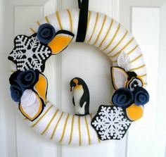Penguin wreath. #wreath (thanks @Amyrwu )