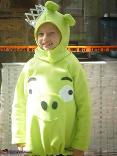 Tina: My daughter Michaela is wearing a home made king pig costume that i sewed myself.