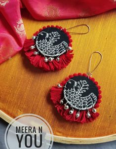 Diy Fabric Jewellery, Fabric Earrings, Jewelry Design Earrings, Thread Jewellery, Textile Jewelry, Fashion Jewelry Necklaces, Diy Earrings, Handcrafted Jewelry, Embroidery