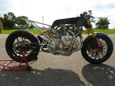 Vincent Cafe Racer - Fritz Egli #motorcycles #caferacer #motos | caferacerpasion.com
