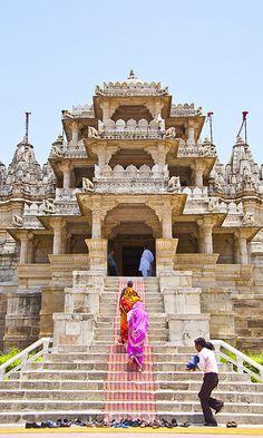 Entering Ranakpur temple