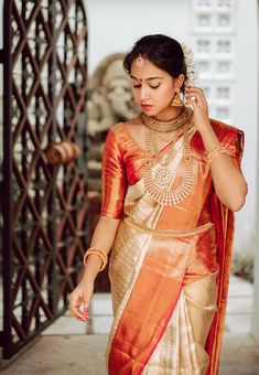 Kerala Bride, Saree Blouse Designs, Silk Sarees, Sari, India, Bridal, Furniture Plans, Wood Furniture, Inspiration