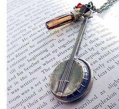 Brass stamped banjo necklace