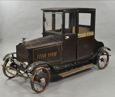 Donald Kaufman Antique Toy Auction: American National Packard Coupe Pedal Car