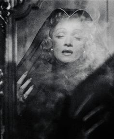 1000 images about gif retro on pinterest marlene - The girl la diva di hitchcock ...