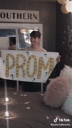 Homecoming Proposal, Cute Prom Proposals, Dance Proposal, Sweet Stories, Cute Stories, Couple Goals Relationships, Cute Relationship Goals, Cute Promposals, Feel Good Videos