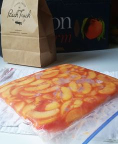 Freezing Peaches Freezing peaches is one of the easiest ways to preserve the flavors of summer. The freezing method also locks in the fresh peach flavors, so th