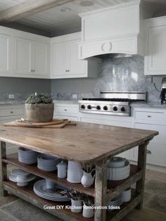 Reclaimed wood island table marble detail in classic white kitchen by plans flip or flop episode . best ideas for reclaimed wood kitchen island Little Kitchen, New Kitchen, Kitchen Dining, Kitchen Decor, Kitchen Ideas, Kitchen Rustic, Wooden Kitchen, Kitchen Inspiration, Kitchen Interior