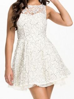 Sweet Lace Splicing O-Neck Perspective Sleeveless Ball Gown Party Dress White