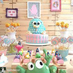 É a mais amada! @Regrann from @tomdecor - Galinha pintadinha delicada para o primeiro aninho da pequena Olivia Maria!… Lottie Dottie, 2nd Birthday, Birthday Parties, Colorful Cakes, Cowboy And Cowgirl, Candy Colors, Pastel Colors, Party Themes, Alice