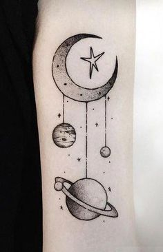 Moon-Lit Mobile - Galactic Planet Tattoos, die jeder Star-Gazer sehen muss - Fotos Source by allison Pretty Tattoos, Love Tattoos, Beautiful Tattoos, New Tattoos, Body Art Tattoos, Small Tattoos, Tatoos, Outer Space Tattoos, Mobile Tattoo