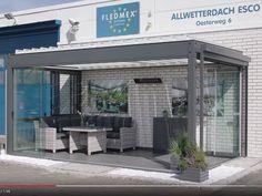 Lamellendach | Sommergarten | 365 Tage im Jahr zu nutzbar | Interior Design Kitchen, Beach House, Sweet Home, Sidewalk, New Homes, Louvre, House Design, Outdoor Decor, Furniture
