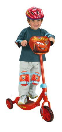 Smoby 450171 - Cars Roller mit Helm, Ellenbogen und Knieschützern: Amazon.de: Spielzeug