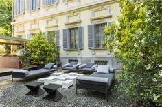Soft Home, outdoor Palazzo Bovara. New AGRA seating system by Living Divani