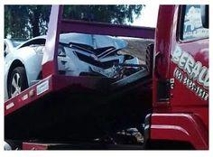 BLOG DO MARKINHOS: Professora perde direção de veículo e bate em post...