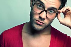 I don't know who this is but we have matching glasses hence we will get married.