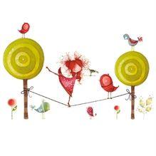 Appliqué mural Ketto, pour donner à vos pièces un air de rêve!  La funambule est en équilibre avec la nature.