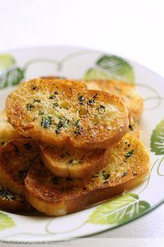 Sarımsaklı Ekmek nasıl yapılır ? Ayrıca size fikir verecek 11 yorum var. Tarifin…