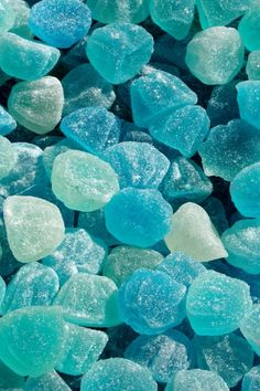 Turquoise Candy https://wallpaperscraft.com/image/fruit_candy_sweet_powdered_sugar_blue_20962_640x960.jpg